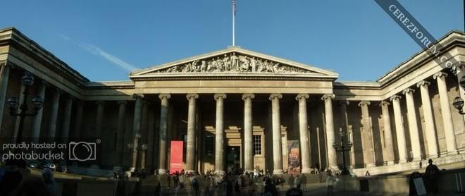 800px-British_Museum.jpg