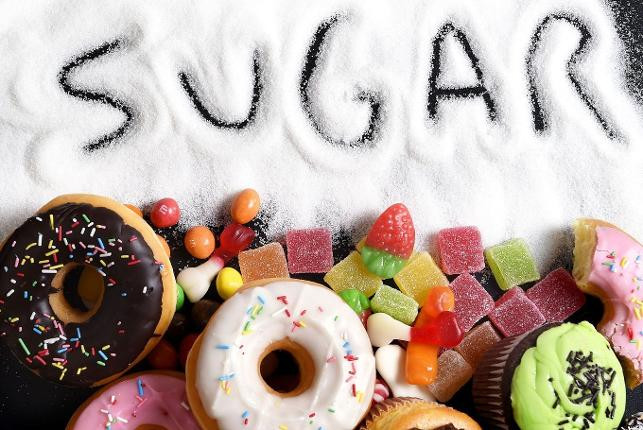 Bol tuzlu ve bol şekerli besinlerden kaçının