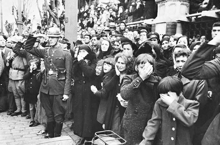 Atatürk'ün cenazesi ve halkın büyük üzüntüsü