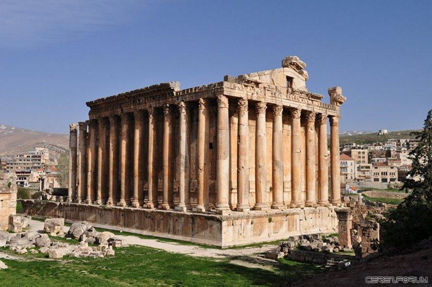 Bacchus tapınağı