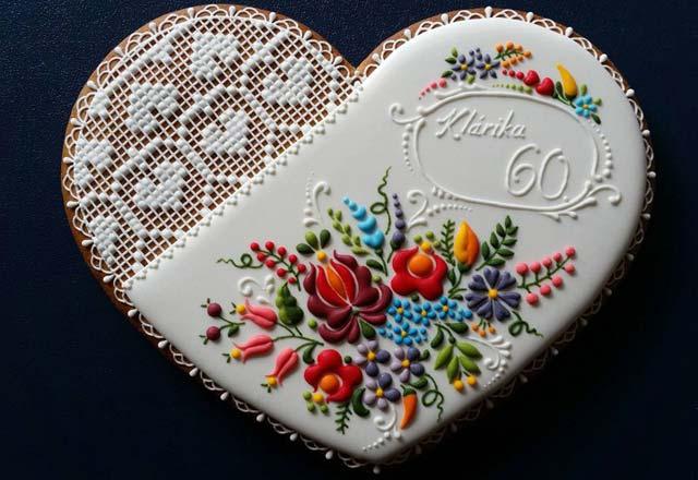 dantel-gibi-islenen-kurabiyeler-9046833.jpg