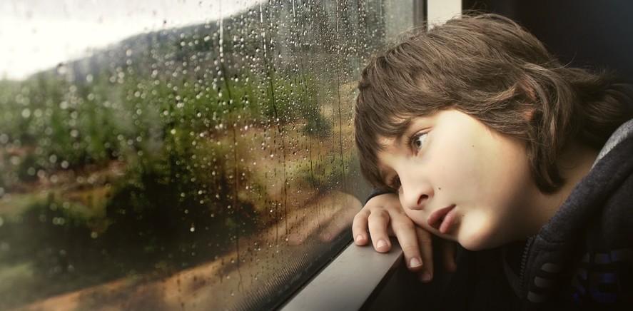 enfant-triste-e1458127613736.jpg