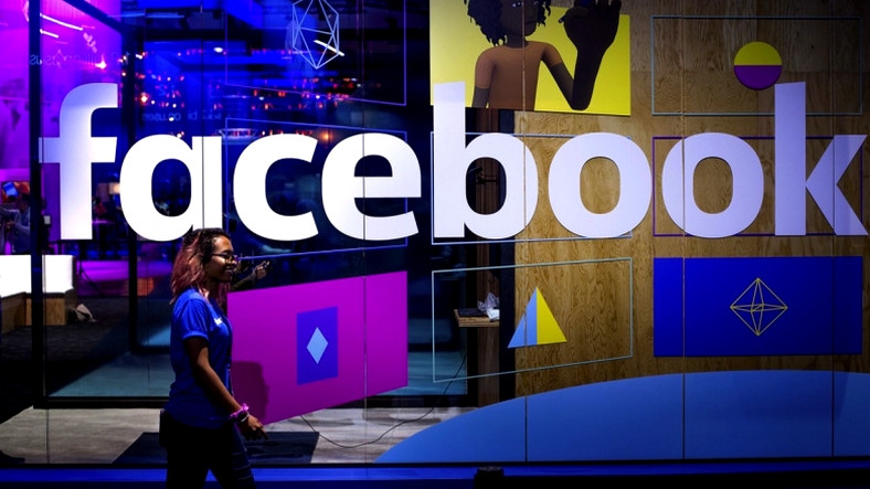 facebook-un-hangi-bilgilerinizi-caldigini-nasil-ogrenebilirsiniz-1522175126.jpg