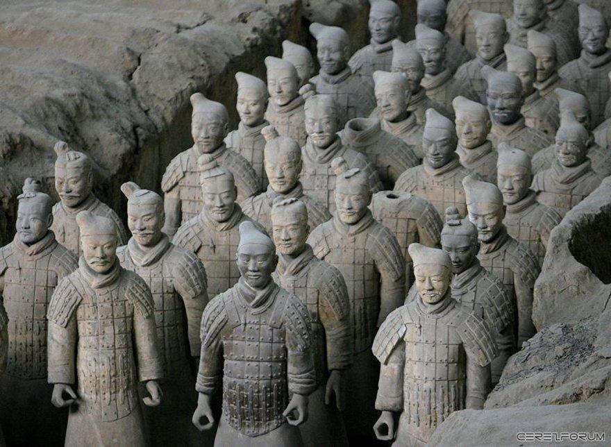 Çin Şi Huang'ın mozolesi