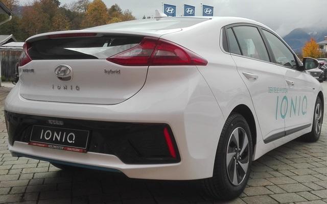 Hyundai-Ioniq-Hibrit-3.jpg