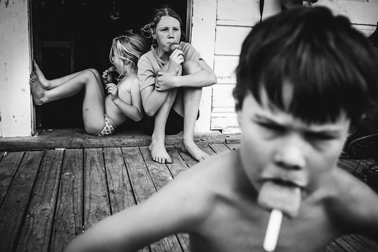 Niki-Boon-Childhood-in-the-raw-cocuklar-teknolojiden-uzak-dogal-yasam-12.jpg